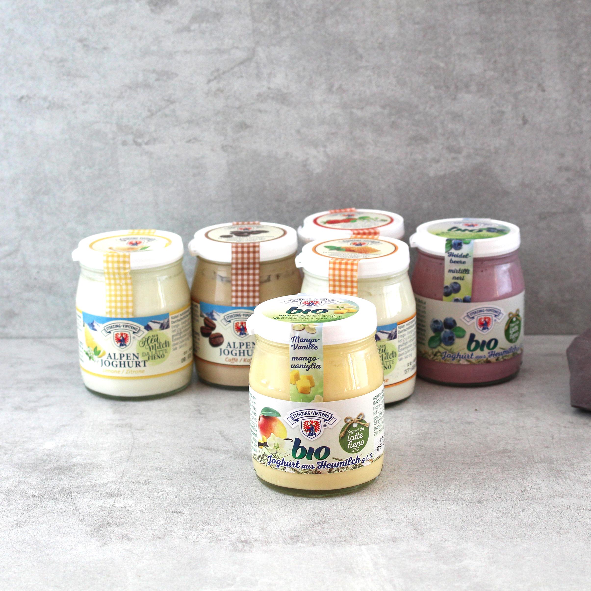 joghurt-sterzinger-mango-vanille-bio-10x150g-glas---karton-markthalle20-1