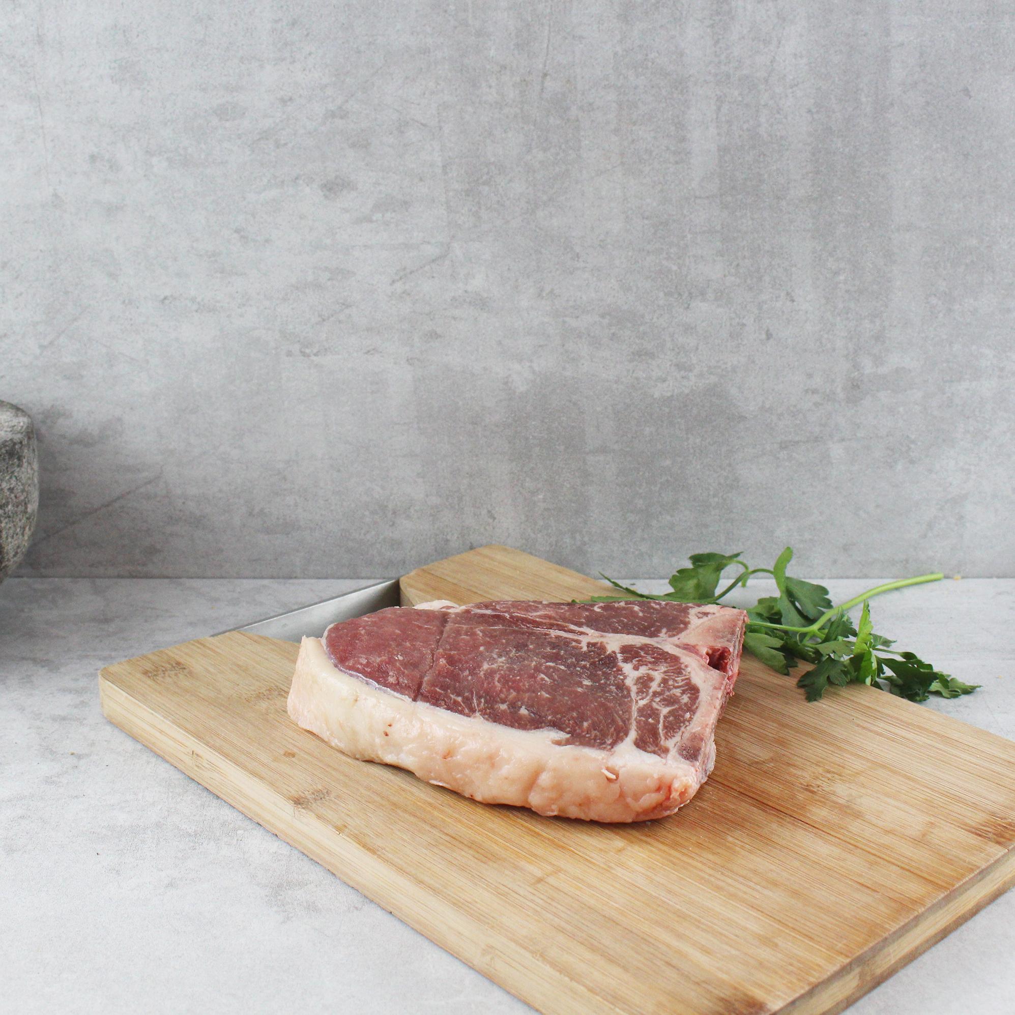 T-Bone_Steak_Simmentaler_Rind_MH20